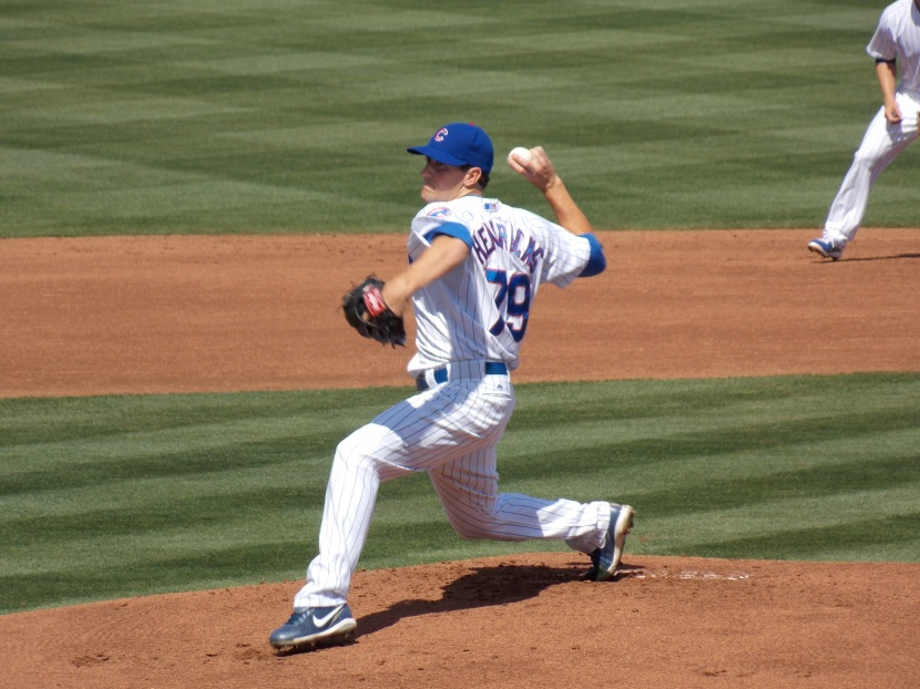 Hendricks delivers a pitch vs. the Dodgers